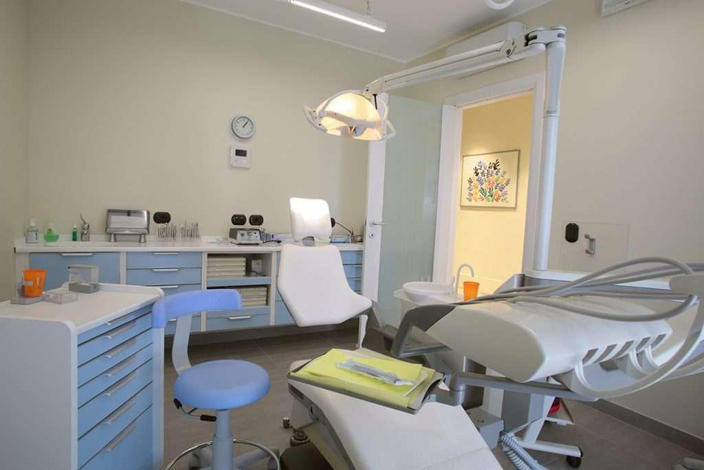 Studio Dentista D.ssa Bianchi a Bareggia di Lissone